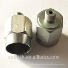 Componentes metálicos hechos a medida con diferentes tratamientos superficiales