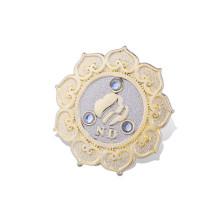 Insignia de metal organizativa personalizada con chapado en oro (GZHY-LP-017)