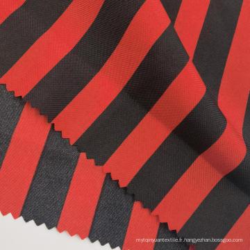 Tissus pongé de polyester imprimés à rayures noires et rouges à la mode