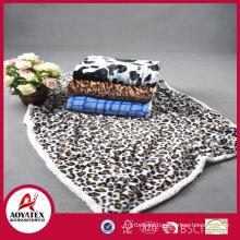 2018 fashion patterm fake fur blanket with sherpa backside,high quality , snow super soft fake fur blanket with sherpa backside