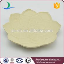 Pequeño plato de cerámica al por mayor con diseño de la flor