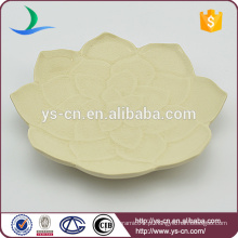 Atacado pequeno prato de cerâmica com design de flores