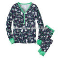 China fashion clothing supplier wholesale cotton adult christmas pajamas in solid color