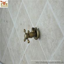 Badezimmer-Winkel-Ventil des Wasser-Hahns