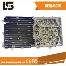 Peças de carcaça de cavidade automática com método de estrutura vertical