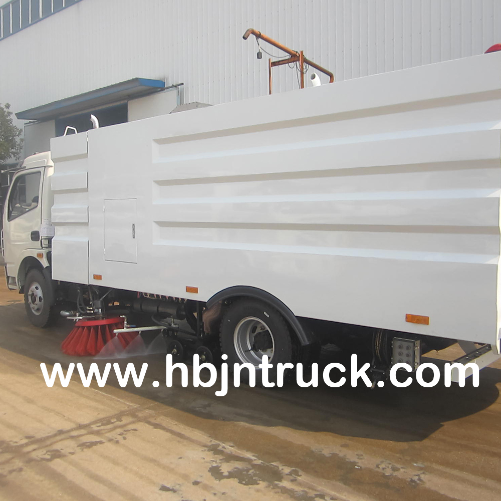 Dongfeng Vacuum Sweeper Truck