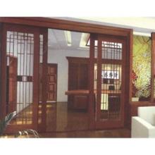 Деревянная бытовая автоматическая дверь