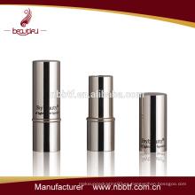 LI18-75 tubo de lápiz labial de moda y el diseño del envase de tubo de lápiz labial innovador