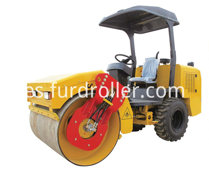 Rubber Tyre Road Roller