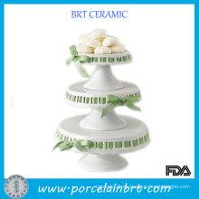 Boda de 3 niveles pie de la torta de cerámica con la torta de decoración de la cinta
