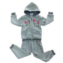 Traje de la ropa de deportes de la muchacha de los cabritos de la flor del paño grueso y suave en la ropa de los niños Swg-131
