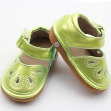 Sapatos antiderrapantes de couro PU para crianças