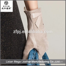 New design fashion low price Custom Winter Gloves Logo
