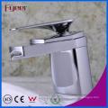 Fyeer Simple Graceful Short Spray Waterfall Bathroom Chrome Faucet Grifo del mezclador de agua caliente y fría