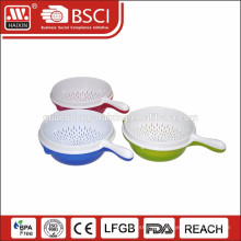 Colanders strainers with base