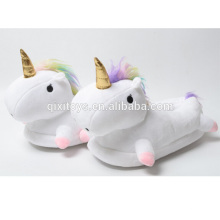 Zapatos cómodos del unicornio de la felpa del diseño creativo para las mujeres