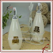 Bouteille d'huile et de vinaigre à base de porcelaine bon marché à la mode