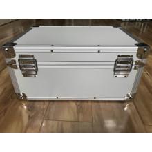 Mallette de transport en aluminium pour instruments avec motif en mousse
