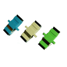 Großhandel Einzelmodus Multimode Simplex Duplex mit Flanschkoppler / Faseroptikadapter LC / St / FC / Sc