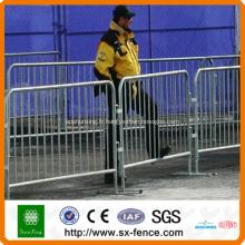 Barrière portative de contrôle de foule en métal