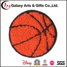 Ferro personalizado dos remendos do Chenille do bordado do basquetebol em remendos para a roupa