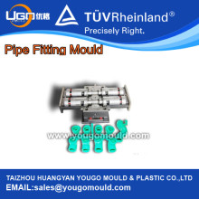 Moule de raccord de tuyaux en plastique