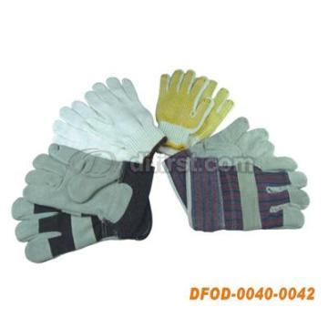 Грубая рабочая перчатка с резиной или точками