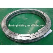 Slewing ring bearing for injection molding machine