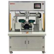 Автоматическая машина для сборки пряжек