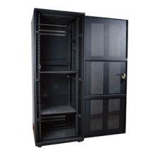 Качественный серверный шкаф 42U со стеклянной дверью