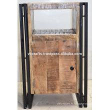 Tiroir industriel en métal urbain en armoire en bois
