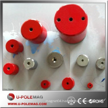 Strong AlNiCo lifting magnets