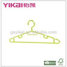 Cintres en plastique bon marché pour chemise