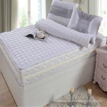Hotel Mattress Pad Made of Cotton Fabric with Fiber Filling (DPF10155)