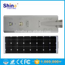 Luces de calle solares impermeables al aire libre IP66 integraron diseño con CE / Rohs