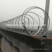 Espiral arame farpado anping fábrica de arame galvanizado BTO22 concertina arame farpado