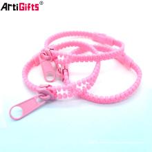 Wholesale Custom Bulk Fashion design cheap zipper bracelet plastic
