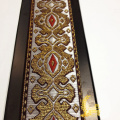 Оптовый полиэстер с вышивкой золотой лентой