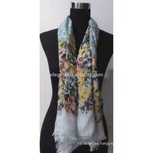 Bufanda 100% algodón con estampado de flores