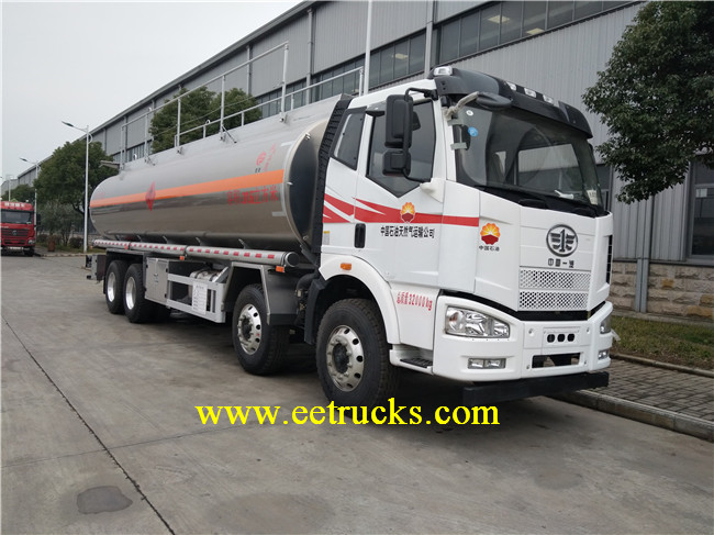 Oil Refueling Trucks