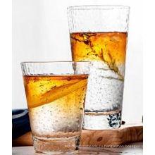 Прозрачная стеклянная чашка с золотой оправой