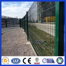 Gold Supplier Manufacturer pvc coated wire mesh fence,welded wire mesh fencing