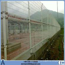Revestimiento de PVC doble lazo de doblar valla 1x1.2m tamaño del panel 4 mm de diámetro 50x150 mm de malla de alambre de vallas