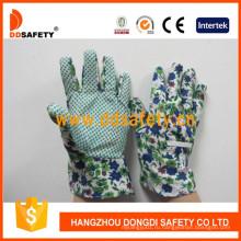 Детские перчатки с зелеными точками на ладони Dgk114