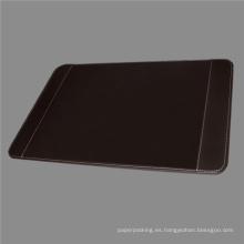 Almohadilla de escritorio de cuero marrón de la calidad con los sostenedores laterales
