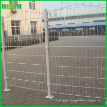Factory price cheap and fine backyard welded wire mesh fence