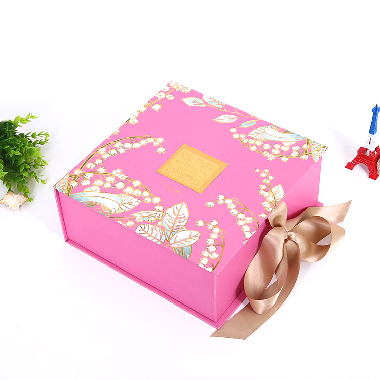 Ribbon Pink Box 1