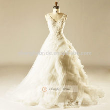White Lace V-line Cake Wedding Dress With Straps Trailing Ball Gown