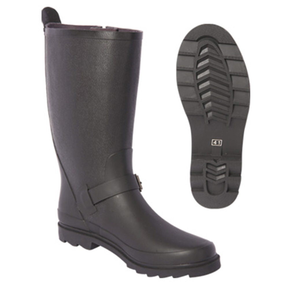 rain boot with clasp