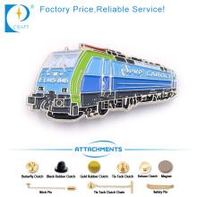 Cargo Pin Badge in blau mit hoher Qualität für Werbung